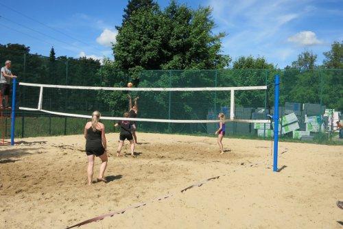 Plážový volejbal jako na opravdové pláži
